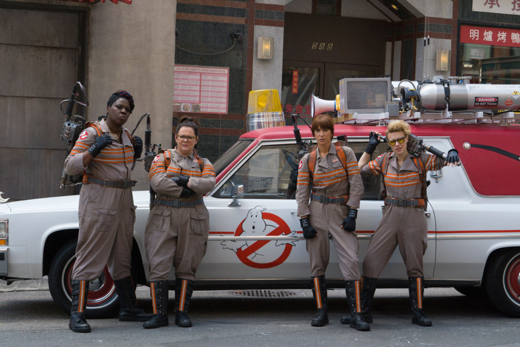 ghostbusters-reboot-cast-costumes