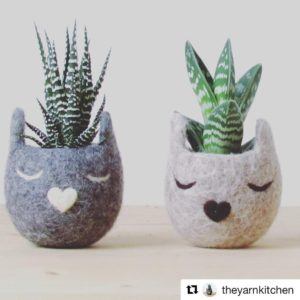Check out these adorable cat planters by theyarnkitchen and morehellip